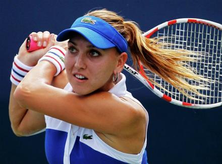 Теннисистка Веснина впервый раз за 4 года вышла во 2-ой круг Australian Open