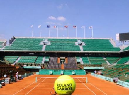 Теннисист Федерер невыступит наRoland Garros