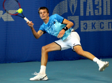 Истомин уступил Кравчуку вфинале Челленджера вТашкенте