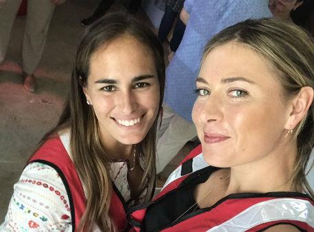 Шарапова приняла участие враздаче гуманитарной помощи вПуэрто-Рико