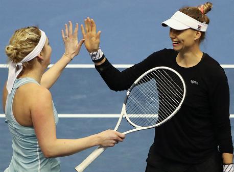 Звонарева иБачински выиграли теннисный турнир вПетербурге впарном разряде