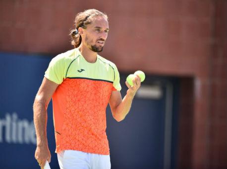 Украинец Долгополов вышел вфинал теннисного турнира в КНР