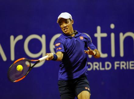 Украинец Долгополов пробился вфинал теннисного турнира вАргентине