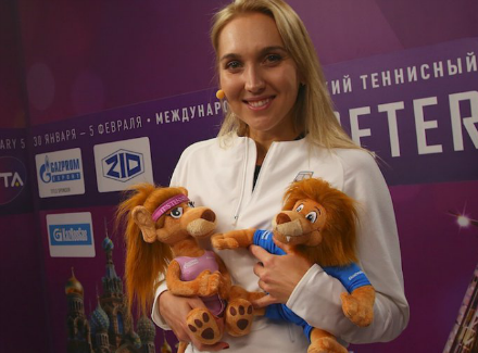 Веснина обыграла Макарову ивышла во 2-ой круг Spb Ladies Trophy