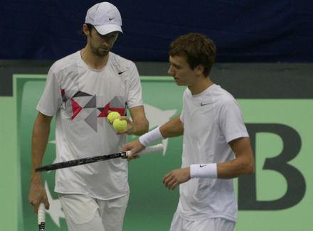 Кравчук иКузнецов вышли вполуфинал парного турнира в северной столице
