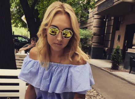 Теннисистка Веснина может опоздать наОлимпиаду из-за поломки самолета