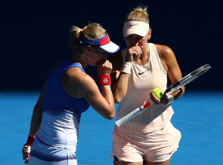 Веснина иМакарова проиграли Бабош/Младенович вфинале Australian Open впарах