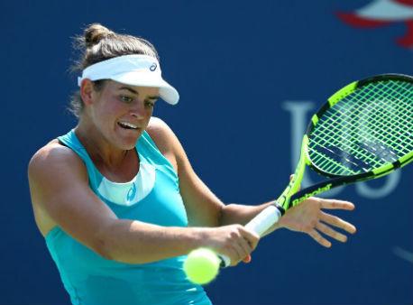 Павлюченкова одолела Гаврилову вфинале турнира вГонконге
