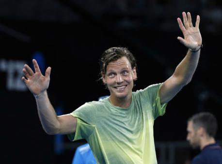 Федерер встретится сБердыхом в ¼ финала Australian Open