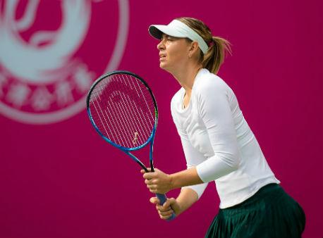 Шарапова одержала победу над румынкой Бегу впервом круге турнира WTA