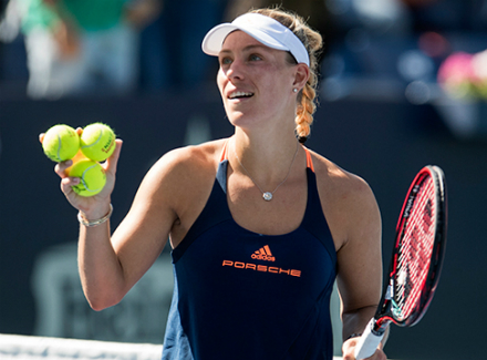 Первая ракетка мира уступила Павлюченковой натурнире WTA
