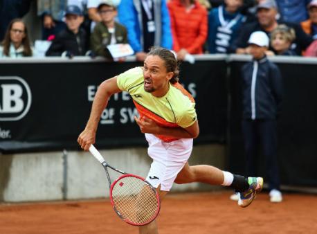 Теннис: Украинец Долгополов обыграл жителя России ивышел вфинал турнира вШвеции
