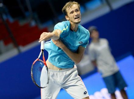 Вполуфинале Дуди Села проиграл Медведеву— Ченнаи