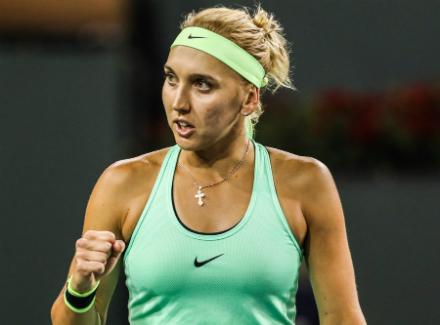 Веснина обыграла Касаткину впервом круге теннисного турнира вШтутгарте