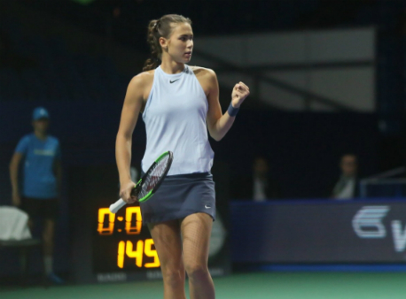 Вихлянцева вышла вфинал квалификации в северной столице