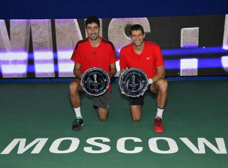 Теннисисты Мирный иОсвальд выиграли Кубок Кремля впарном разряде
