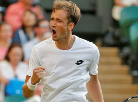 Русский теннисист Медведев несмог выйти вчетвертый круг Уимблдона