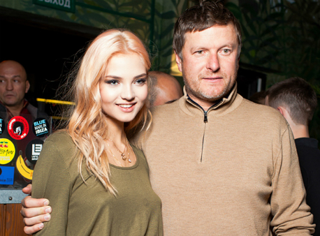 Дочь ответила наистерику Кафельникова из-за наркотиков