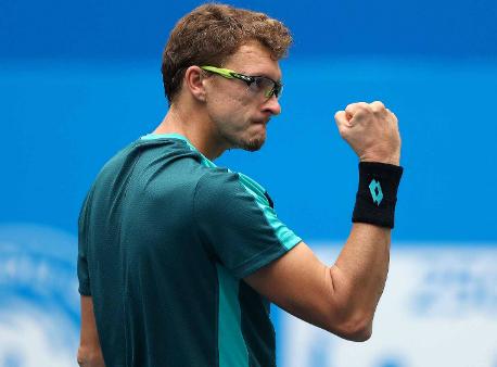 Ченду (ATP). Истомин наотказе Багдатиса одержал победу 2-ой титул вкарьере