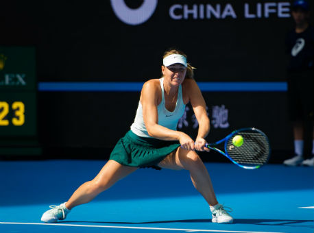 Шарапова одолела Макарову вовтором круге теннисного турнира встолице Китая