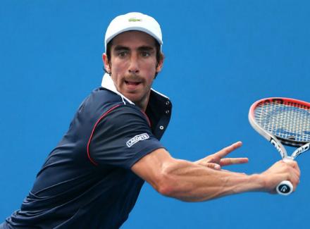Украинец Долгополов вышел в ¼ финала теннисного турнира вАргентине