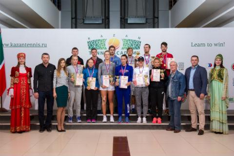 Татарстанцы завоевали «серебро» и«бронзу» начемпионате Российской Федерации потеннису вКазани