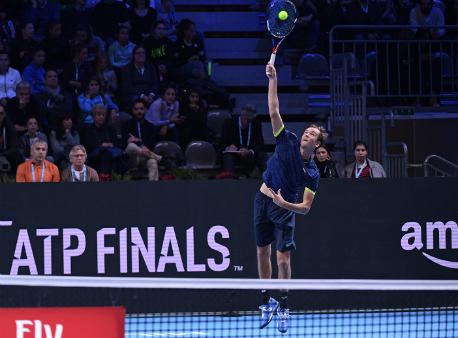 Житель россии Медведев проиграл хорвату Чоричу вматче молодежного итогового турнира ATP