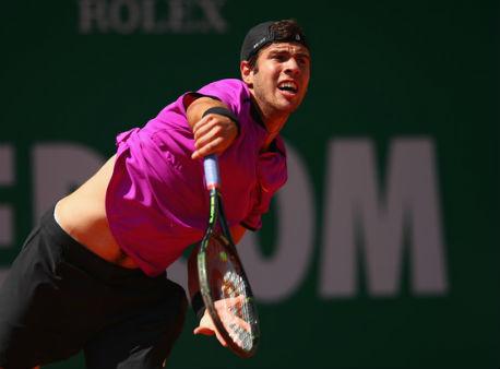 Медведев обыграл Фучовича ивышел во 2-ой  раунд турнира вМонте-Карло