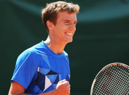 Донской проиграл Клижану вквалификации теннисного «Мастерса» вМонте-Карло