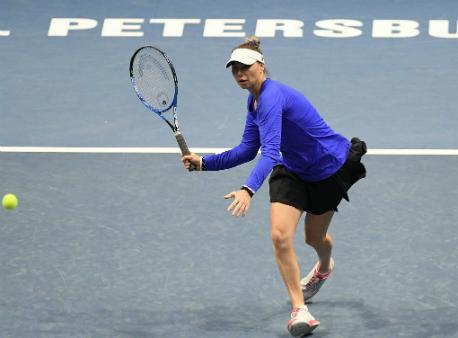 Вера Звонарёва иТимея Бачински выиграли турнир вПетербурге впарном разряде