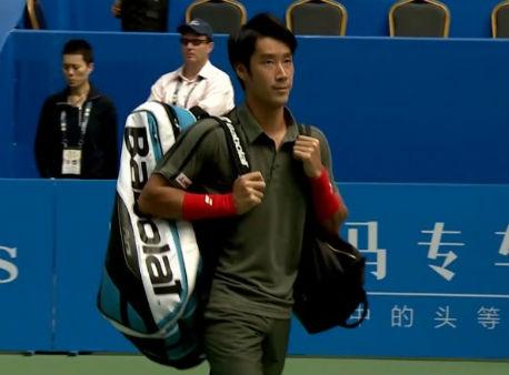 Истомин одержал победу турнир вЧэнду после травмы Багдатиса
