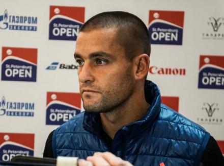 Александр Зверев вышел вполуфинал турнира в северной столице