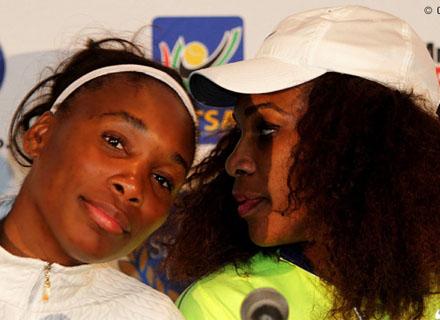 press.jpg Серена Уильямс обыграла Винус Уильямс в выставочном матче в Йоханнесбурге
