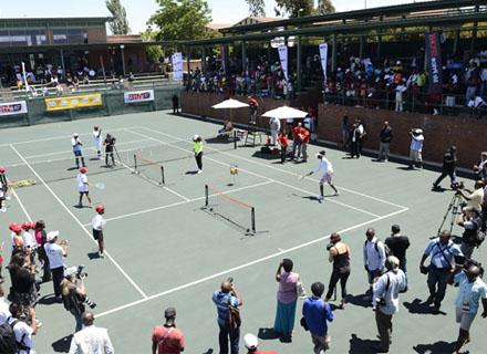 zal.jpg Серена Уильямс обыграла Винус Уильямс в выставочном матче в Йоханнесбурге