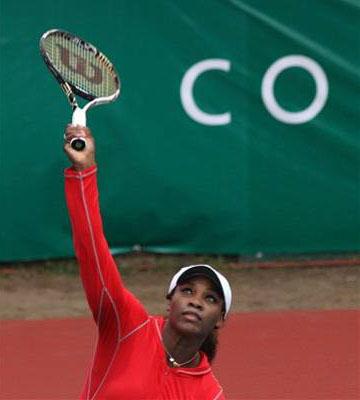 serena.jpg Сёстры Уильямс провели выставочный матч в Нигерии
