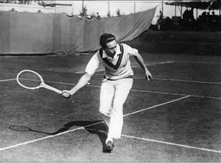 Похотливые девушки на теннисном корте смотреть