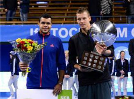 tomas berdych tops jo wilfried tsonga to capture title if stockholm open 2012 196426.jpg Турниры прошедшей недели. От добра добра не ищут