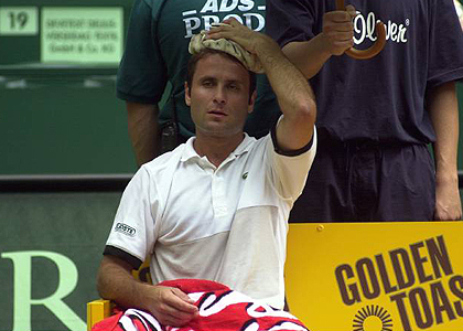 Санторо вспомнил о матче против Сафина на French Open-2001